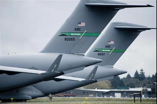 C-17A 8197 with C-17A 80265